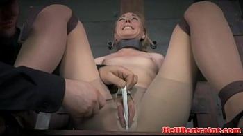 Порно фото лижет пизду жене
