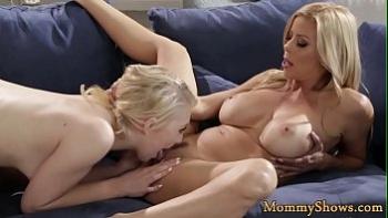 Беременная у гинеколога порно видео