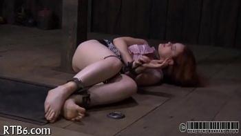 Страпон анальный секс видео